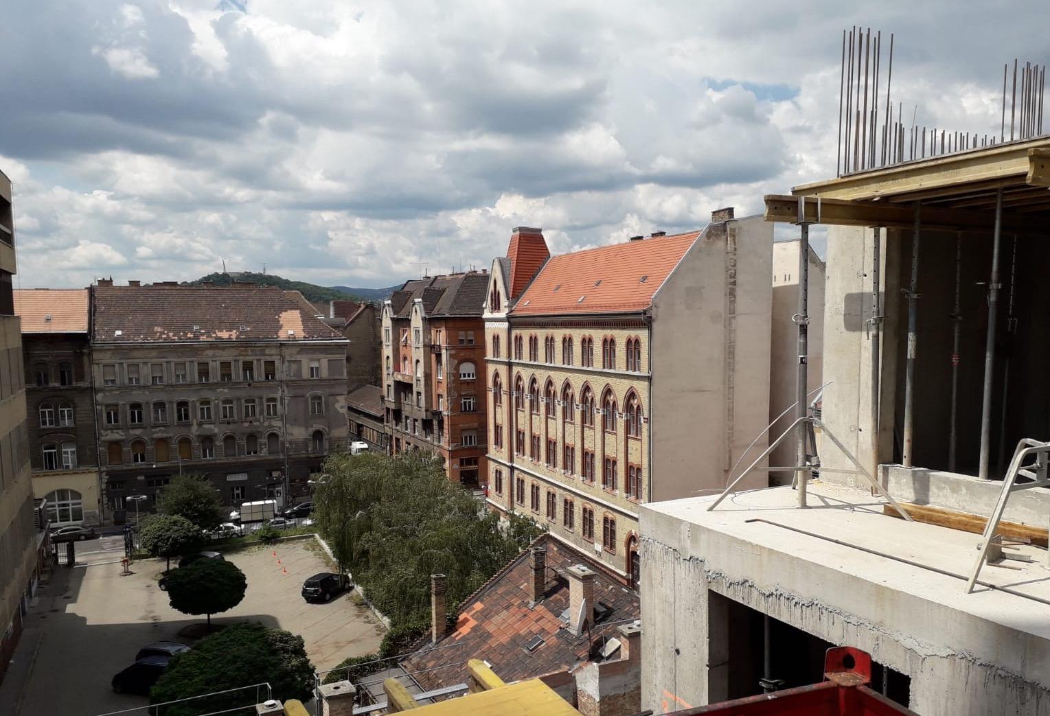 Marone House kilátás a 6. emeletről (építkezés 2020 július)